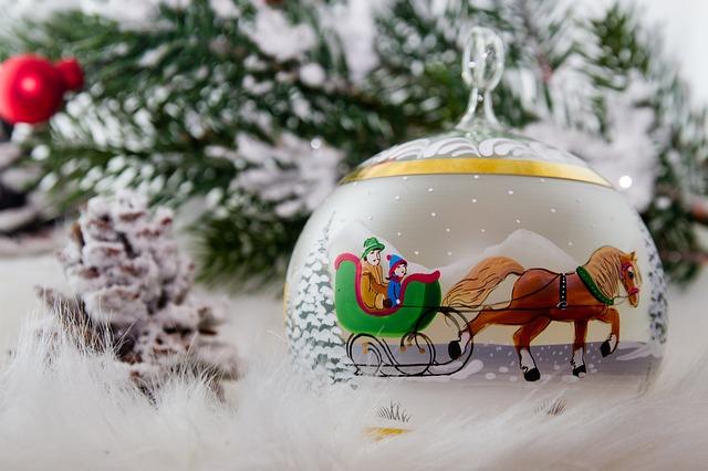 christmas-2979100_640
