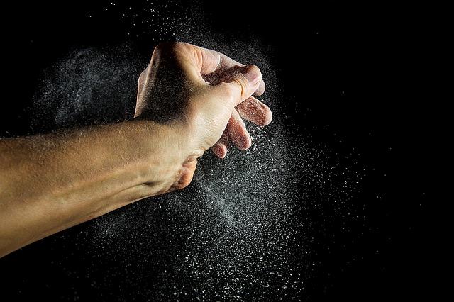 flour-dust-1910046_640